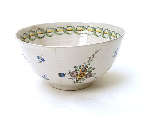 Big round bowl, faience, remastered