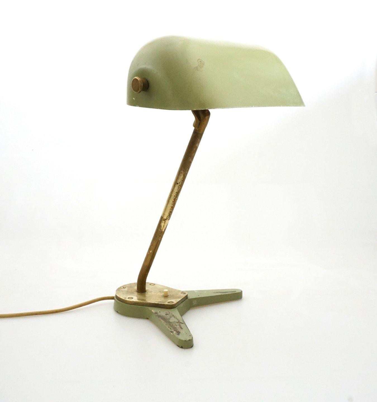 Kendte Aabenraa Antikvitetshandel * Hans J. Wegner, sjælden lampe og stol VH-84